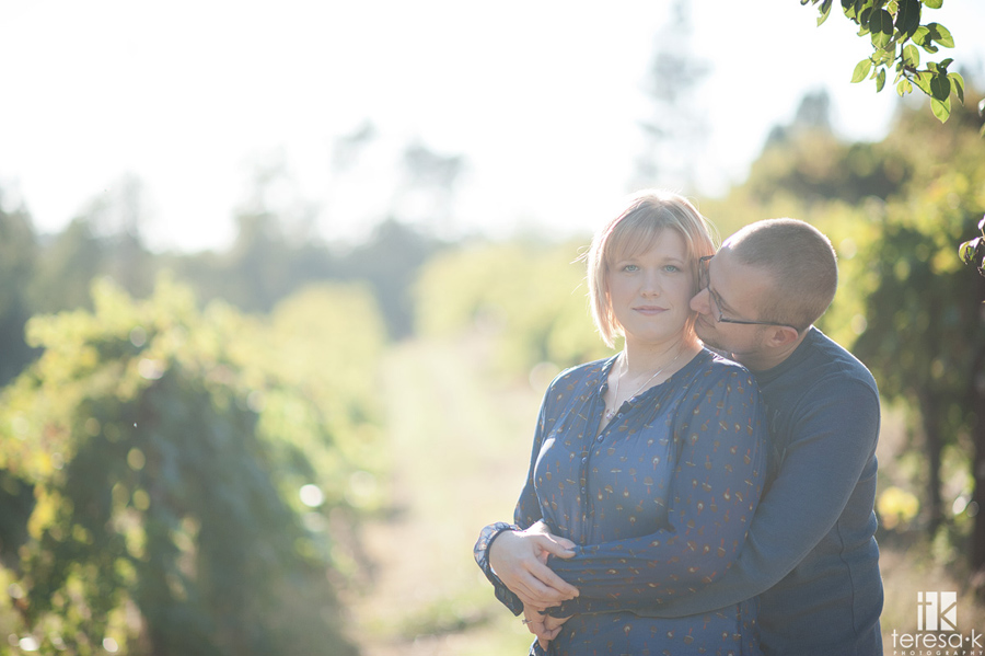 engagement sessions in apple hill