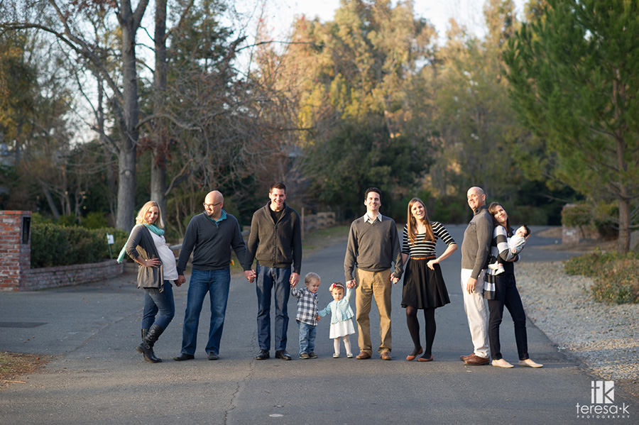 Modern-Family-Portrait-Session-008