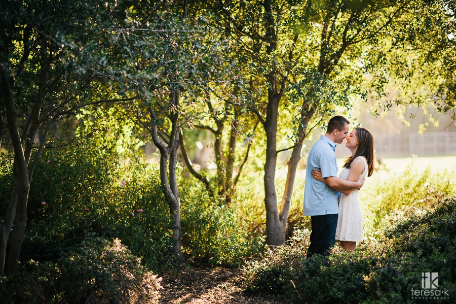 Spring-Engagement-Session-at-Folsom-Lake-002