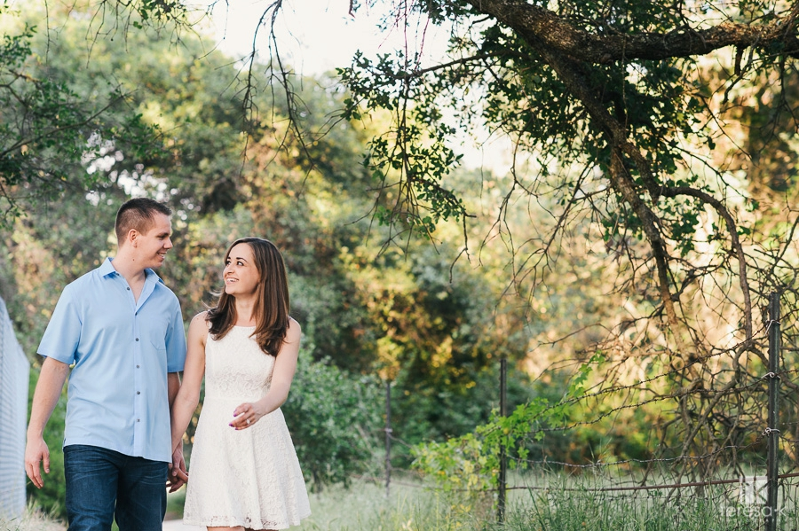 Spring-Engagement-Session-at-Folsom-Lake-004
