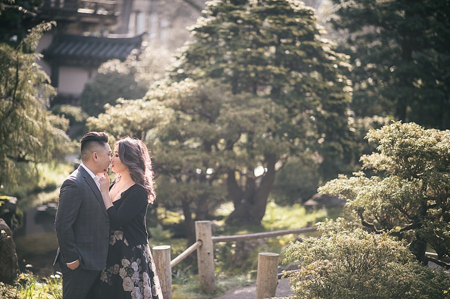 San Francisco Japanese Tea Gardens engagement session